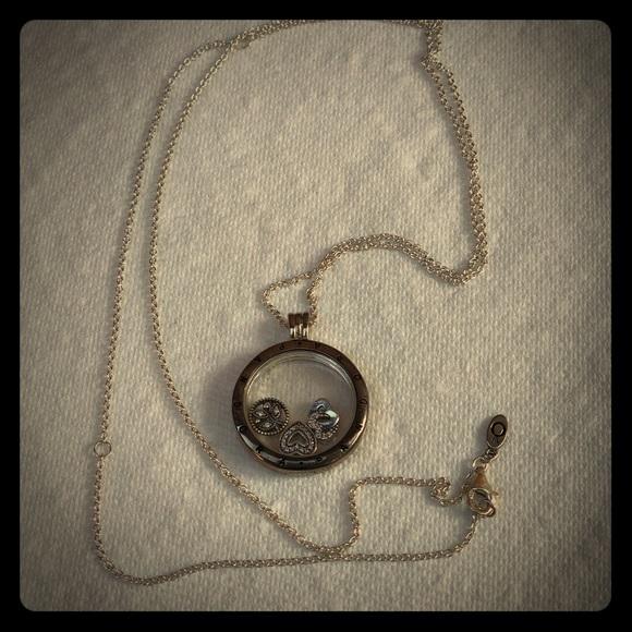 4fe35f264 Pandora Locket Necklace + Love&Family Locket Charm. Pandora.  M_5afa46999cc7ef816e6bc033. M_5afa469a72ea88d47ac4013a.  M_5afa469bcaab448ba351e447